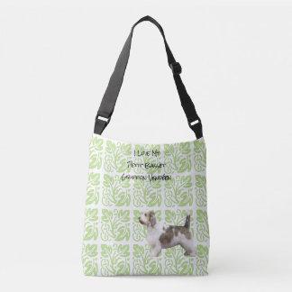 小さいバセット犬Griffon Vendéenの緑のプリント[Med。] クロスボディバッグ