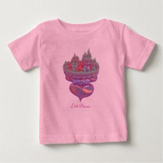 小さいプリンセスのおとぎ話の城 ベビーTシャツ