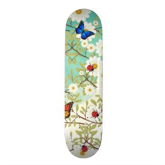 小さい創造物 スケートボード