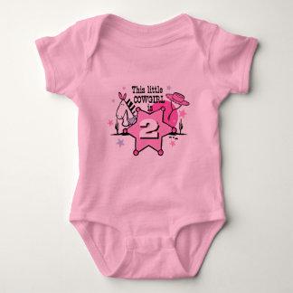 小さい女性のカーボーイの第2 BirthayのTシャツ ベビーボディスーツ
