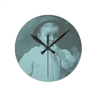 小さい子供 ラウンド壁時計