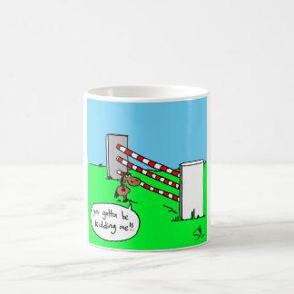 小さい子馬の大きい塀 コーヒーマグカップ