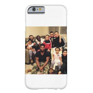 小さい家族写真 BARELY THERE iPhone 6 ケース