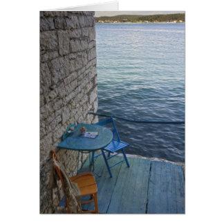 小さい屋外のカフェの2のためのオーシャンサイドの座席、 カード