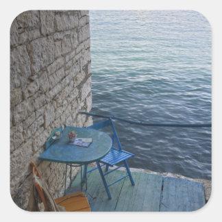 小さい屋外のカフェの2のためのオーシャンサイドの座席、 スクエアシール