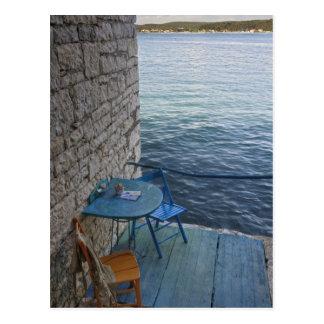 小さい屋外のカフェの2のためのオーシャンサイドの座席、 ポストカード