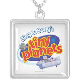 小さい惑星のロゴ シルバープレートネックレス