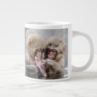 小さい猿  Hot Springs、日本 ジャンボコーヒーマグカップ