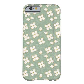 小さい白い花 BARELY THERE iPhone 6 ケース