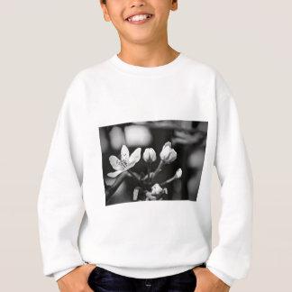 小さい白黒花 スウェットシャツ