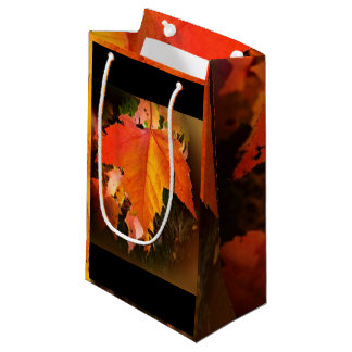 小さい秋の葉のテーマのカスタムなギフトバッグ-光沢のある スモールペーパーバッグ