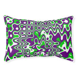 [小さい紫色および緑の]渦巻の操作芸術