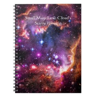 小さいMagellanic雲の星明かりのウィングチップ ノートブック