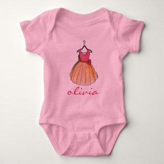 小さいPersonalized Pink Pretty女性パーティー向きのドレス ベビーボディスーツ