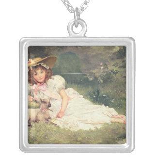 小さいShepherdess シルバープレートネックレス