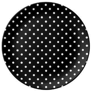 小さく白い水玉模様の黒い背景 磁器プレート
