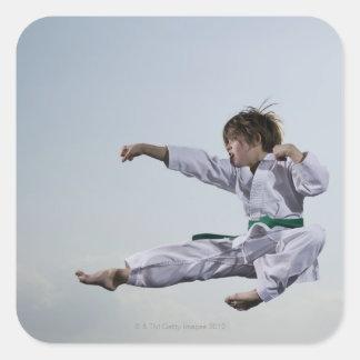 小さな女の子の練習の空手 スクエアシール