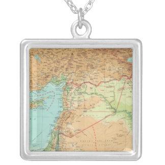小アジア、シリア及びメソポタミア シルバープレートネックレス