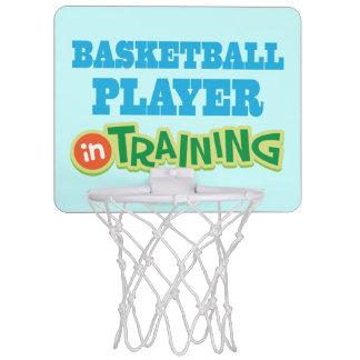 小型たがのスポーツの訓練のバスケットボール選手 ミニバスケットボールゴール