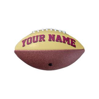 小型古い金ゴールドおよびバーガンディの名前入りなフットボール アメリカンフットボール