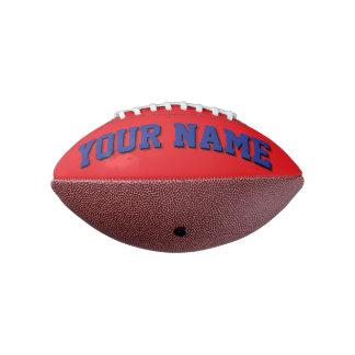 小型赤くおよび青の名前入りなフットボール アメリカンフットボール