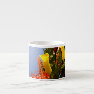 小型黄色いオランダカイウユリ エスプレッソカップ
