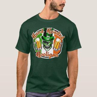 小妖精のスカル2: 懸命は不良の先頭に立ちました Tシャツ