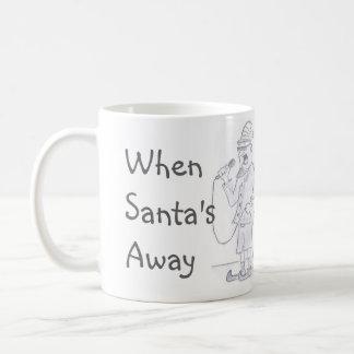 小妖精や小人のカラオケのコーヒー・マグ コーヒーマグカップ