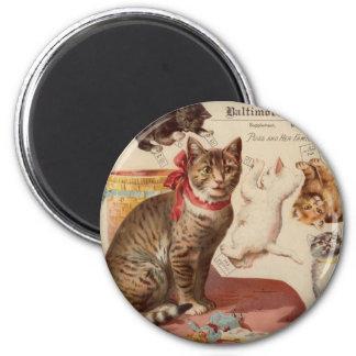 小娘および彼女の飼い猫のアートワーク マグネット