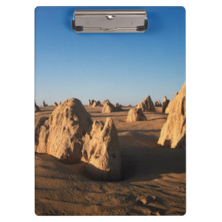 小尖塔の砂漠のNambungの国立公園 クリップボード