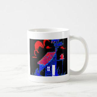 小屋、木、巣箱、花 コーヒーマグカップ