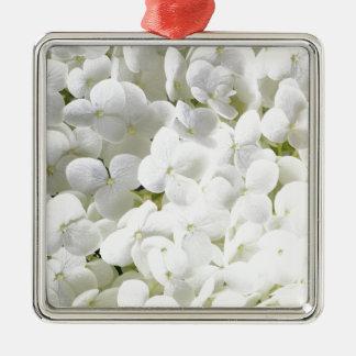 小柄く白いアジサイの花 メタルオーナメント