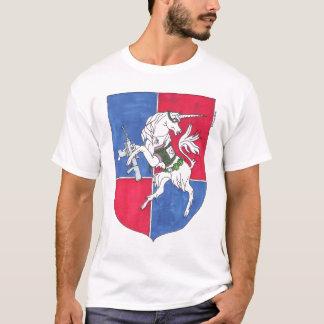 小洞窟の頂上 Tシャツ