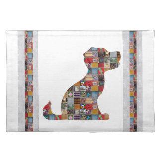 小犬は愛水晶石造りの宝石NVN476のおもしろいをからかいます ランチョンマット