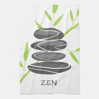 小石が付いている禅の台所タオルは芸術の積み重ねに投石します キッチンタオル