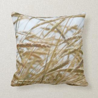 小麦畑の枕 クッション