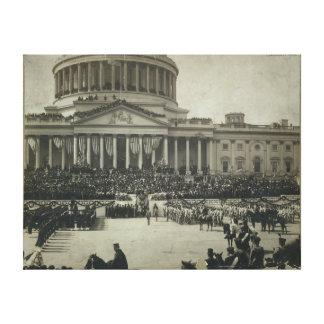 就任の宣誓を取っているセオドア・ルーズベルト大統領 キャンバスプリント