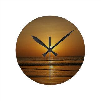 居心地のよい時計-日没 ラウンド壁時計