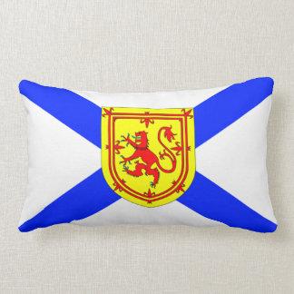 屋内か屋外明るいノバスコシアの旗のプライド ランバークッション