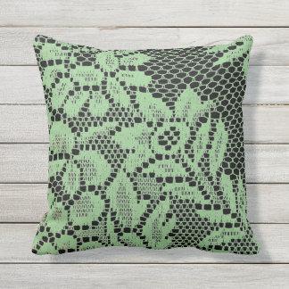 屋外のクッションのミントの緑の黒のレースの装飾の枕 クッション