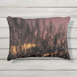 屋外の枕日没の木の写真 アウトドアクッション