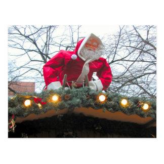 屋根のドイツのクリスマスサンタ ポストカード