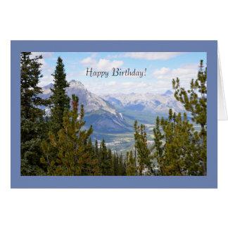 山が付いているハッピーバースデーの挨拶状 グリーティングカード