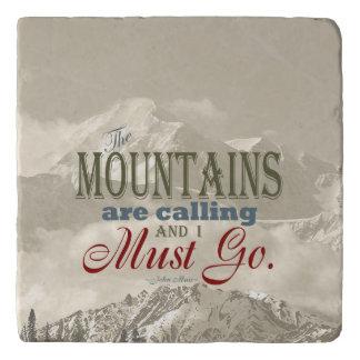 山が呼んでいるヴィンテージのタイポグラフィ; Muir トリベット