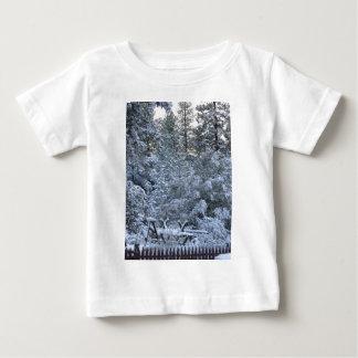 山の冬 ベビーTシャツ