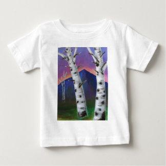 山の前の木I ベビーTシャツ