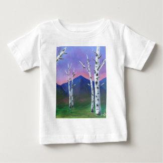 山の前の木II ベビーTシャツ
