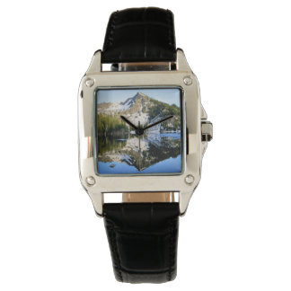 山の反射の腕時計 腕時計