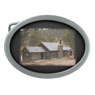 山の小屋3 卵形バックル