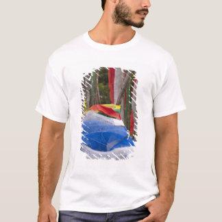 山の旗竿を祈ること、Yotonglaのパス3 Tシャツ